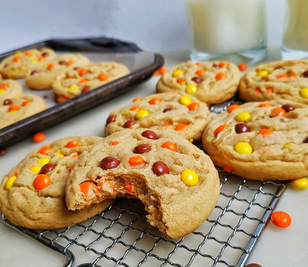 reese's piece peanut butter cookies, bit shot