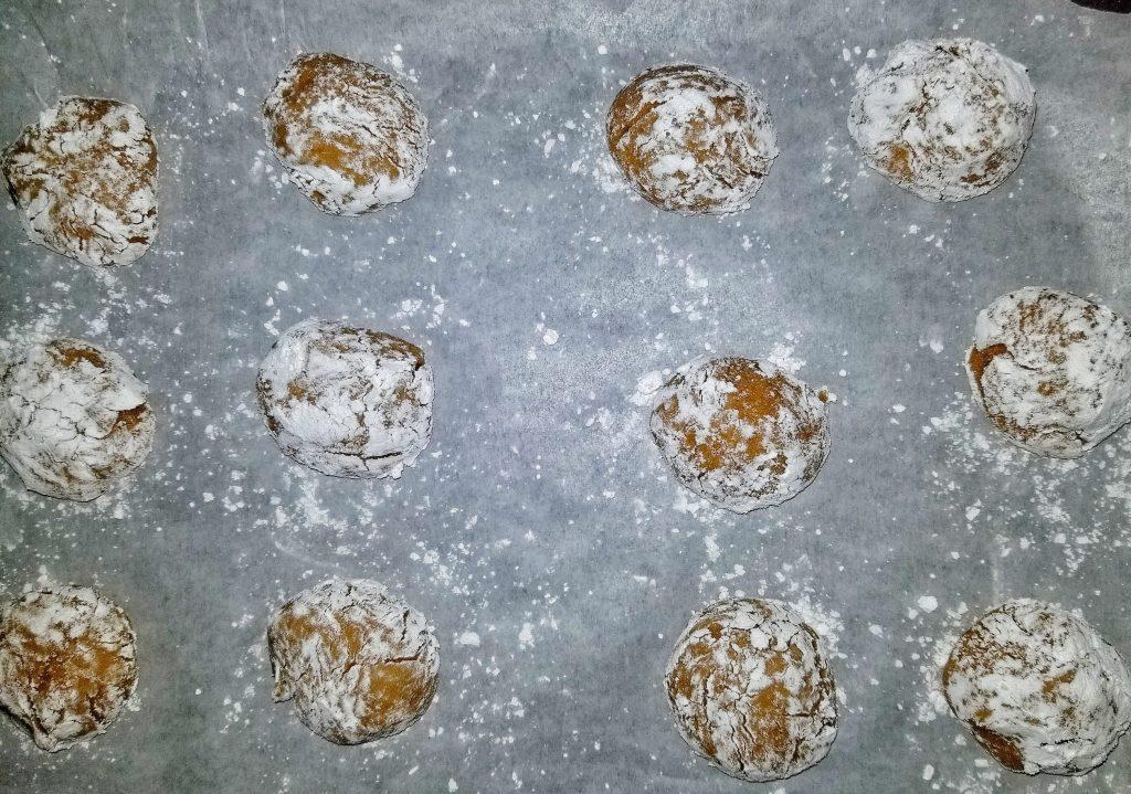 pumpkin crinkle cookie dough