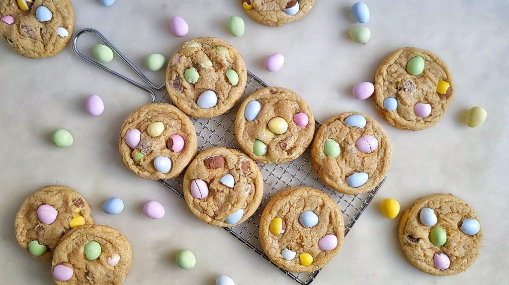 Chewy Easter Mini Egg Cookies