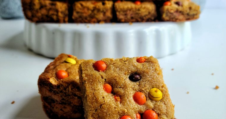 Reese's Pieces Peanut Butter Cookie Bars