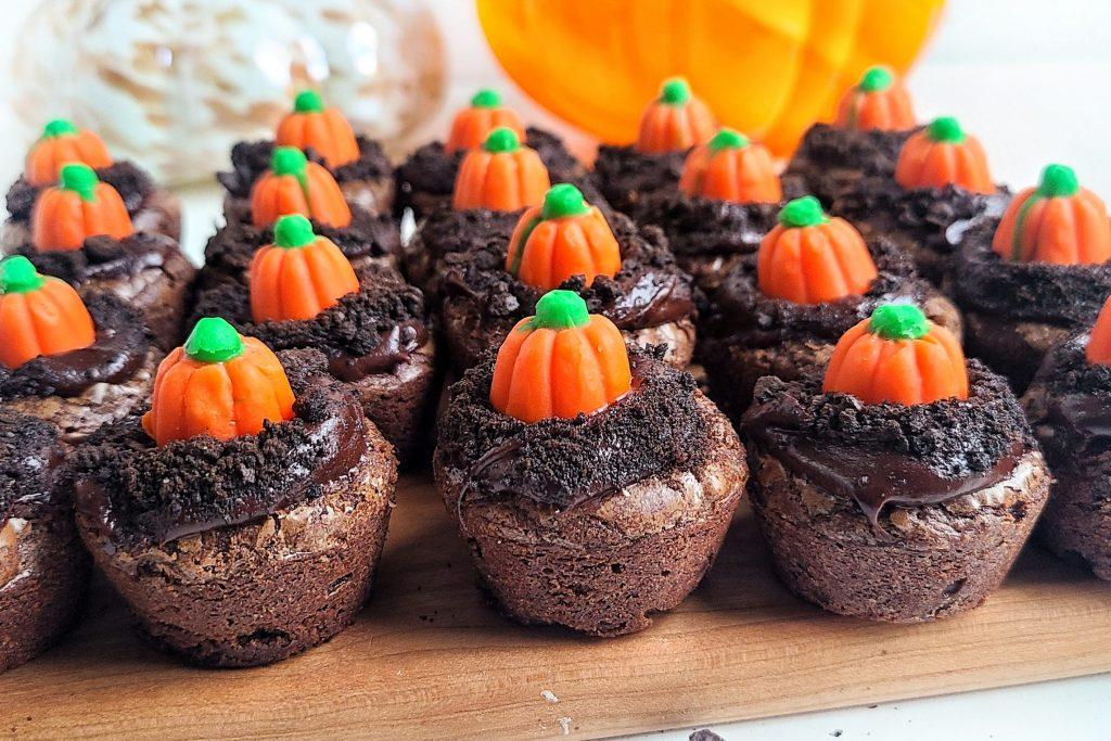 halloween treats- pumpkin patch brownie bites